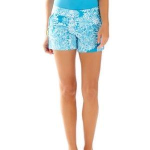 Lily Pulitzer Callahan blue floral shorts size 8